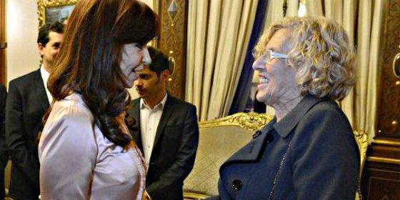 La corrupta Cristina Kircher pone a Manuela Carmena como 'un ejemplo para Europa'