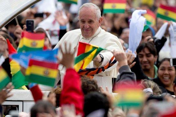 El 54% de los bolivianos cree que el Papa ayuda a la demanda marítima