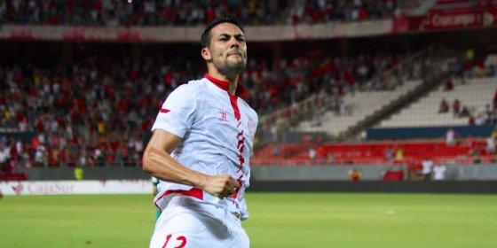 Firma con el Sevilla hasta 2020
