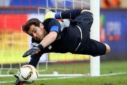 Casillas encaja su primer gol liguero como guardameta del Oporto