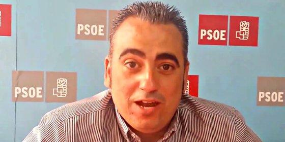 Dimite el coordinador municipal del PSOE-M indignado por la 'decapitación' de Carmona