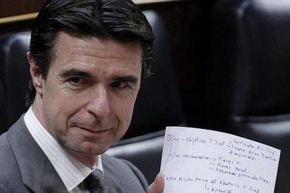 El ministro Soria critica los 'estratosféricos' sueldos que se embolsan los directivos del Ibex 35