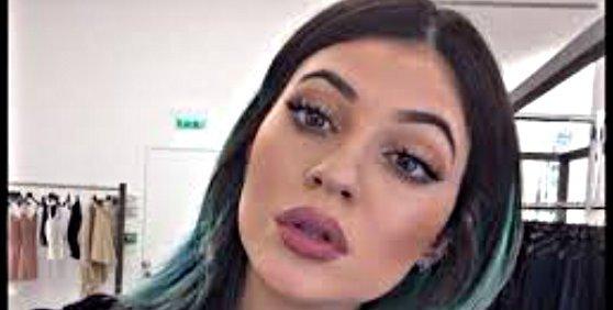 Kylie Jenner tiene una oferta para hacer porno como su hermana Kim Kardahian