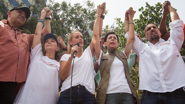 La oposición al chavismo marcha por las calles clamando contra el hambre en Venezuela