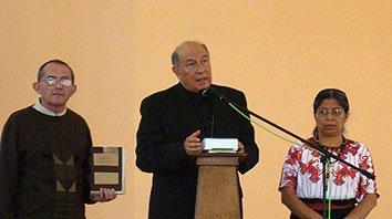 """Monseñor Cabrera: """"No votemos a quienes nos compran con propaganda falsa y populismo"""""""