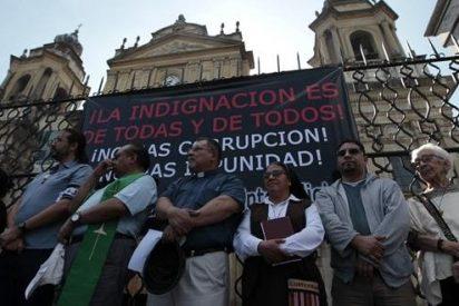 """Religiosos en """"peregrinación de la indignación"""" en Guatemala"""