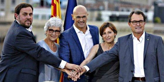 La lista unitaria del independentista Artur Mas se resquebraja en vísperas del 27-S