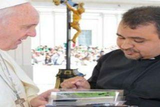 Un sacerdote iraquí le cuenta al Papa el drama de los refugiados