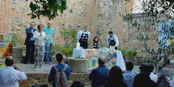 El chef José Pizarro y el Banco de Alimentos de Extremadura, premios Tenca de Oro