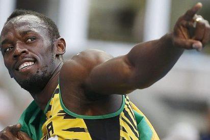 El rey Usain Bolt gana también los 200
