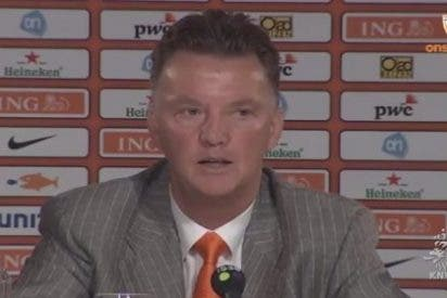 """Van Gaal: """"De Gea ha sido nuestro mejor jugador durante dos años y no podemos dejarlo ir fácilmente"""""""