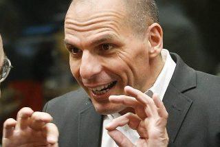 """Varoufakis dice que Tsipras cometió """"un error"""" al aceptar el rescate"""