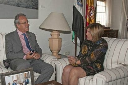 Segundo Píriz respalda la reapertura del Colegio Mayor Francisco de Sande de Cáceres