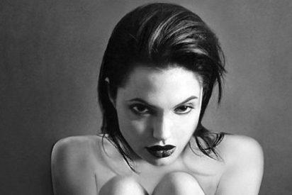 La estremecedora foto de Angelina Jolie desnuda y esquelética perdida