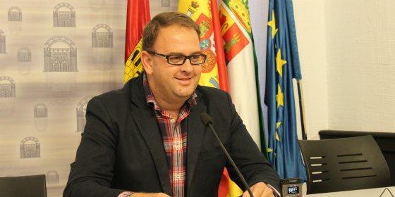 El alcalde de Mérida valora los primeros cien días de gobierno de la legislatura