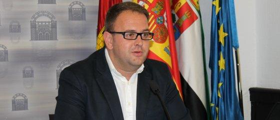 El alcalde de Mérida formará parte de la Junta de Gobierno de la FEMP