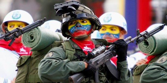 Se estrella un avión militar venezolano en una zona narco de la frontera con Colombia