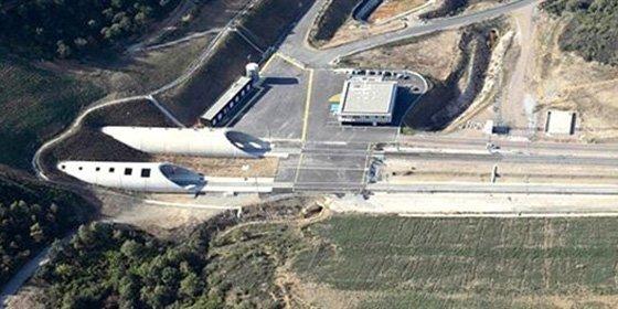 Mal momento para el túnel del AVE que une España y Francia, que entra en concurso de acreedores