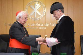 Sánchez Cámara toma posesión como rector de la UCV