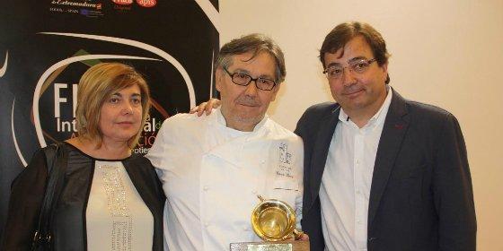El chef César Ráez recibe el Premio Almirez