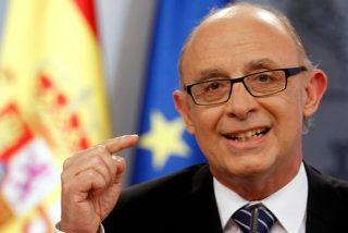 Cristobal Montoro garantiza que el PIB crecerá por encima del 3% este 2015
