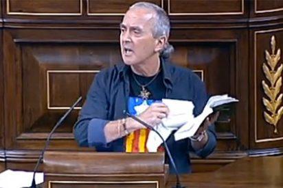 La cabestrada de Sabino Cuadra (Amaiur) rompiendo la Constitución en el Congreso