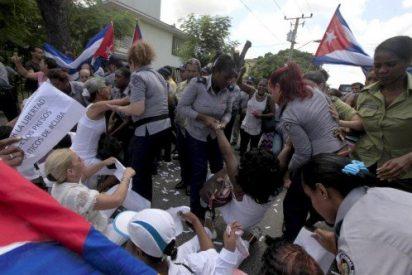 Detienen a medio centenar de Damas de Blanco antes de la llegada del Papa
