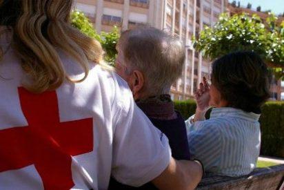 Cruz Roja atiende a más de 15.100 personas mayores en Extremadura