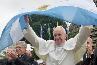 Francisco viajaría a Argentina en 2017