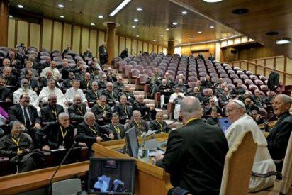 """Rodríguez Carballo, a los jóvenes religiosos: """"¡Despierten al mundo!"""""""