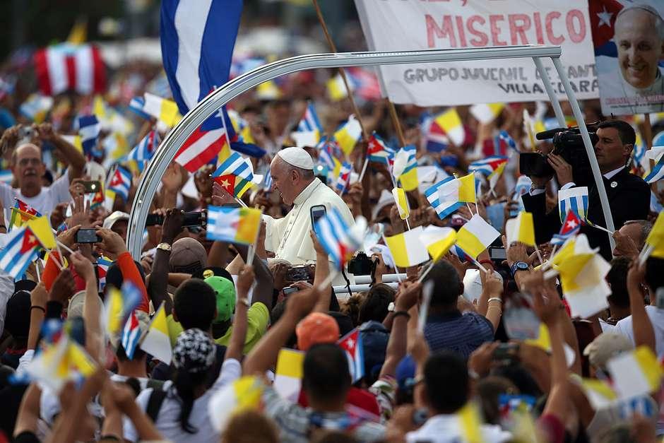 El Papa saluda a sus hermanos jesuitas en La Habana