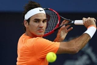 Federer se deshace de Isner y Anderson sorprende a Murray en los octavos de final