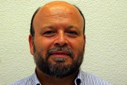 CAMBIO DE CROMOS MANIFIESTAMENTE MEJORABLE