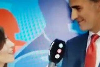 El 'buen rollito' de la reportera de Telecinco con el Rey enfurece a Twitter