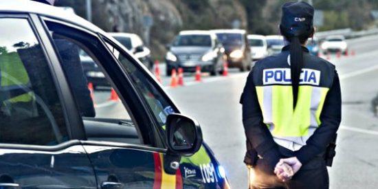 Se pone farruco exigiendo al policía que le hable en catalán y dice que la 'agredieron'
