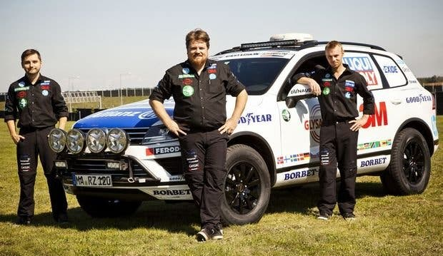 Goodyear a por el récord mundial de conducción cape-to-cape