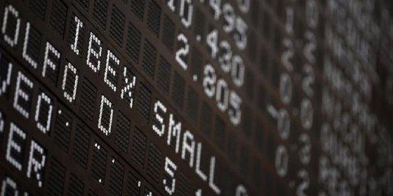 Castigado por Santander y Telefónica, el Ibex 35 pierde un 1,8% y se aleja de los 10.000 puntos