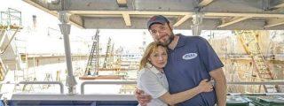 La simpática pareja de millonarios que salva inmigrantes en el Mediterráneo