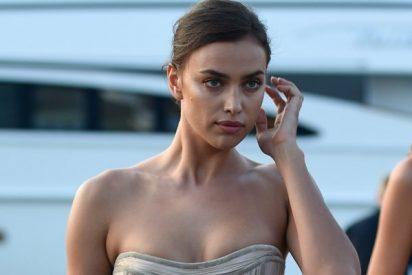 Sexo, piratas e Irina Shayk: Hackean el Facebook de la modelo y muestran sus posiciones sexuales favoritas