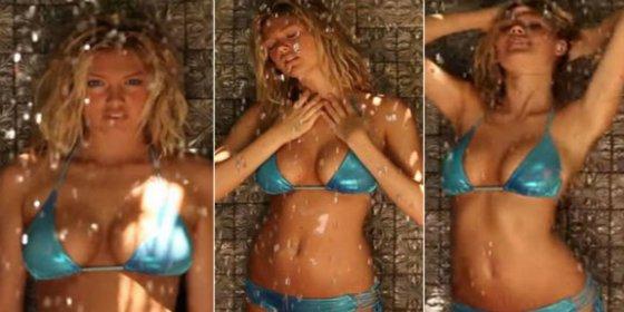 [VÍDEO] La ducha de Kate Upton con topless incluido que no te dejará frío