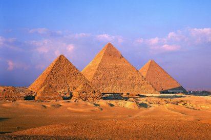 """Las Fuerzas de Seguridad de Egipto matan """"por error"""" a 12 turistas mexicanos y egipcios"""