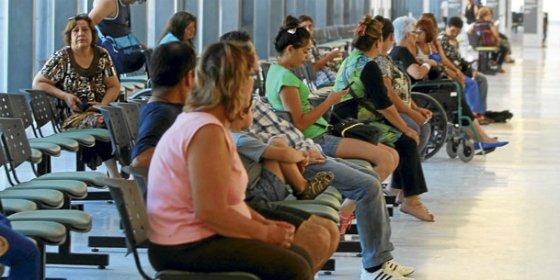 PP Extremadura sigue sin reconocer a las personas que esperan entrar en la lista de espera