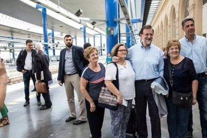 Mariano Rajoy y Pedro Sánchez coinciden en el mismo AVE de regreso a Madrid