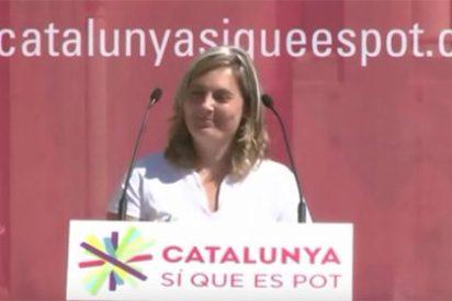 """Una dirigente de 'Catalunya Sí que es Pot', a la asistente a su mitin que la vitoreó: """"¡Gilipollas!"""""""
