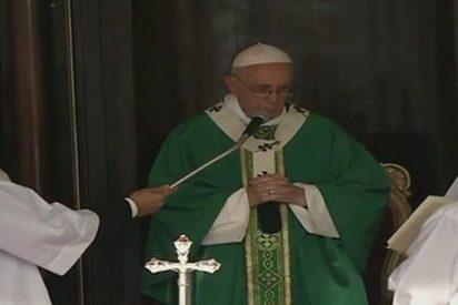 """El Papa en la Plaza de la Revolución: """"Este pueblo tiene heridas, pero marcha con esperanza, porque su vocacion es de grandeza"""""""