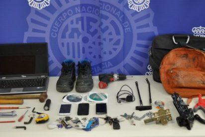 Detenido un joven por robar en el interior de varios domicilios de Cáceres