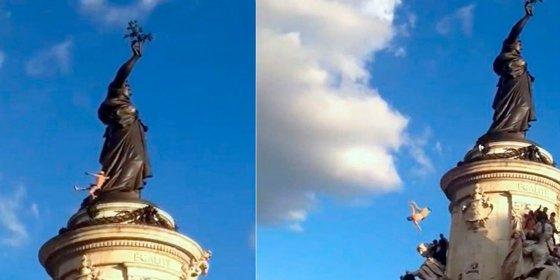 De esta forma tan espantosa muere un joven en la Techno Parade París