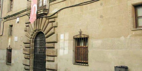 Ciclo de conferencias en Cáceres sobre las guerras a lo largo de la historia en Extremadura