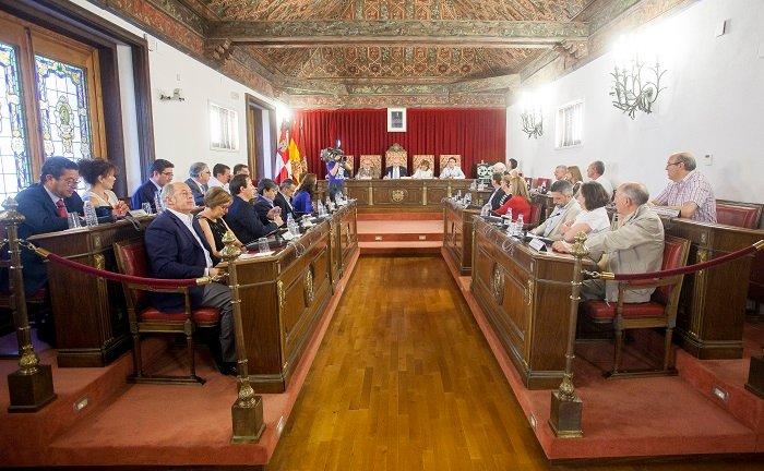 La Diputación aprueba una proposición en defensa del Estado de Derecho y la Cohesión de España