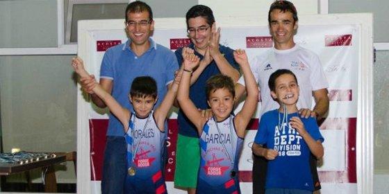 Éxito de participación en el I Campeonato Diviértete con el Triatlón
